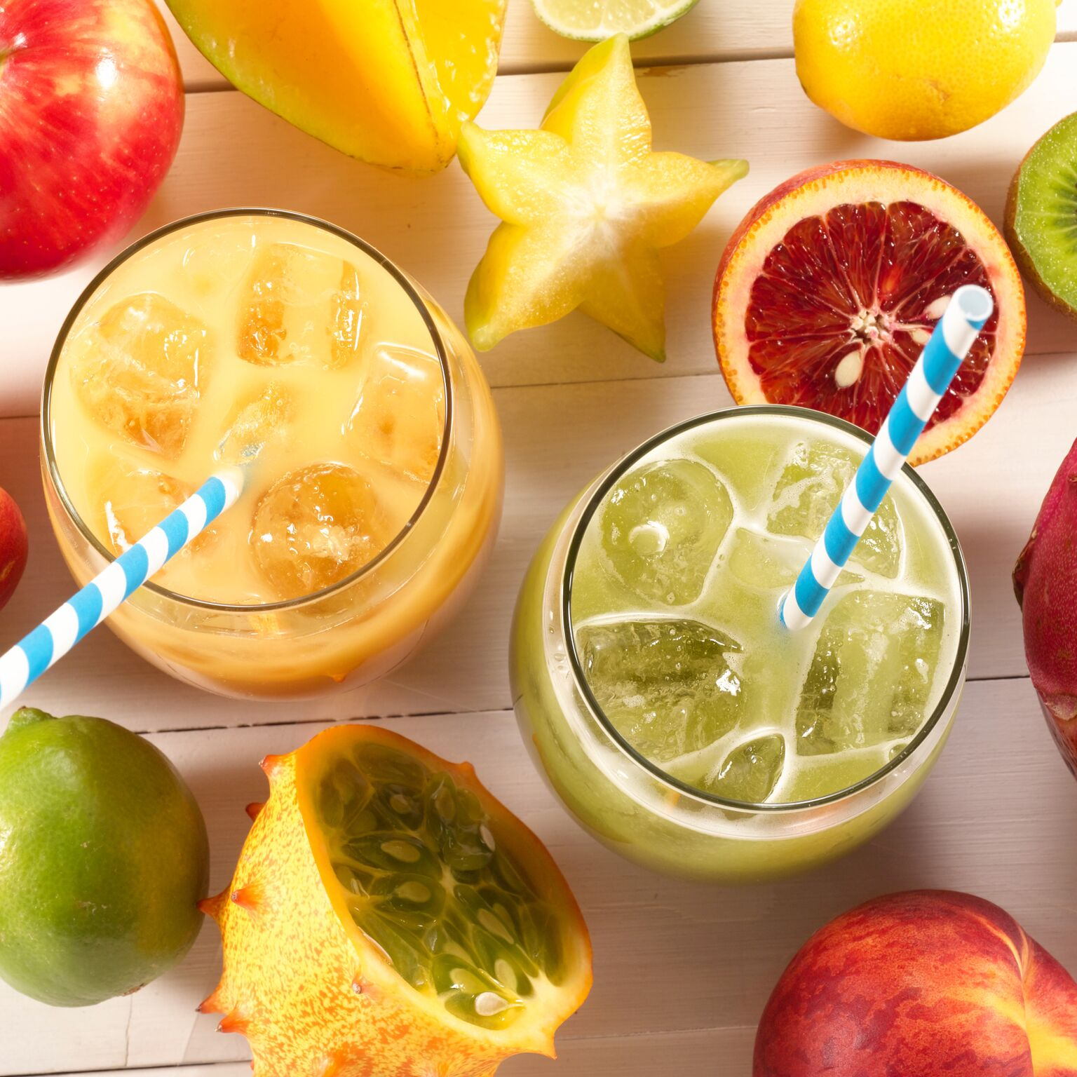 Fresh Juice Made Two Ways Using Smartfruit